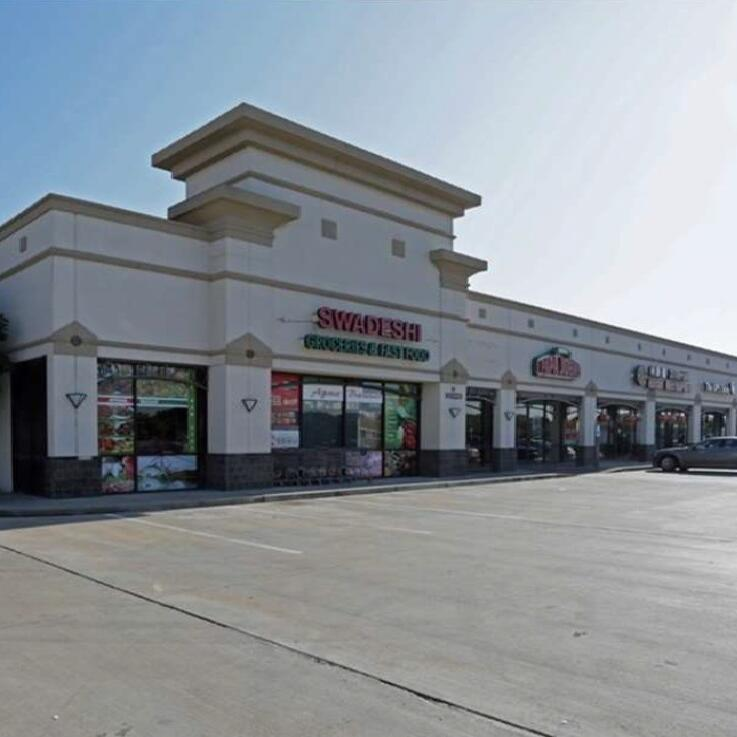 Plaza on Broadway (Pearland, TX)